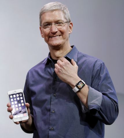 Tim Cook_Apple_Watch