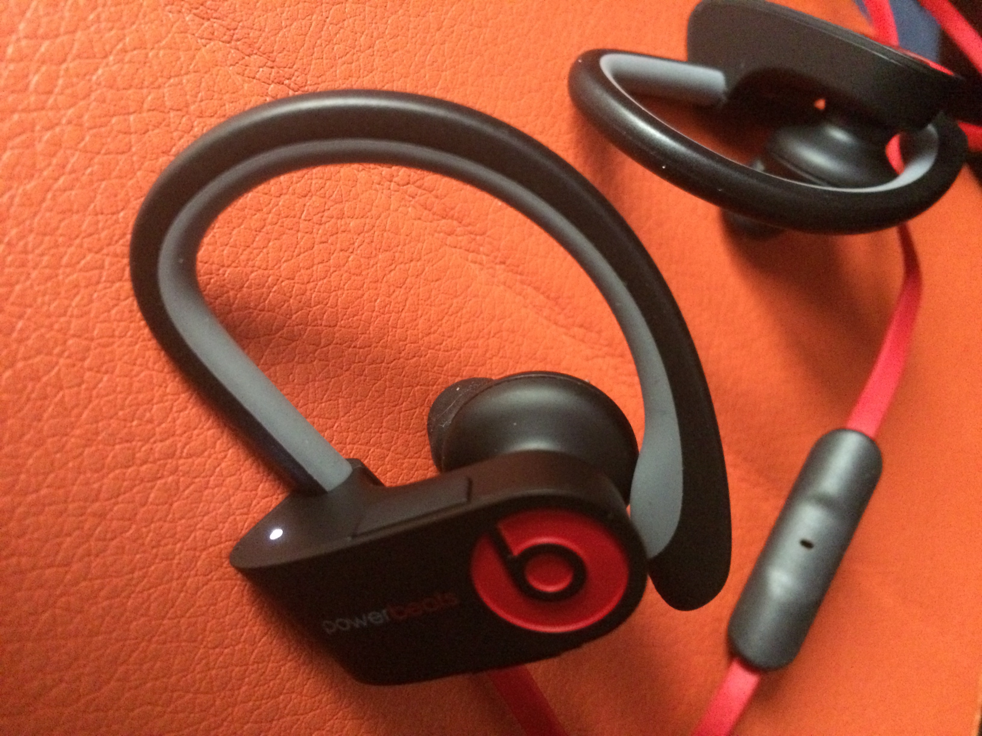 2247569f672 Review de los PowerBeats 2 Wireless | mecambioaMac