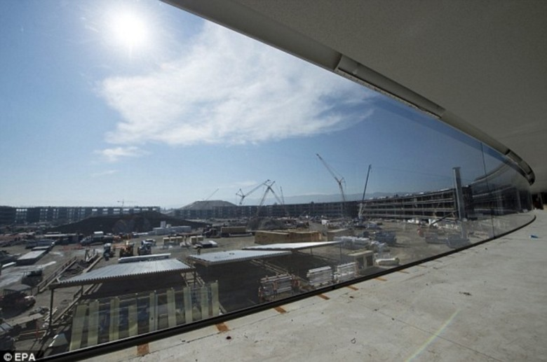 Apple Campus 2 - Interior - Construction 2016
