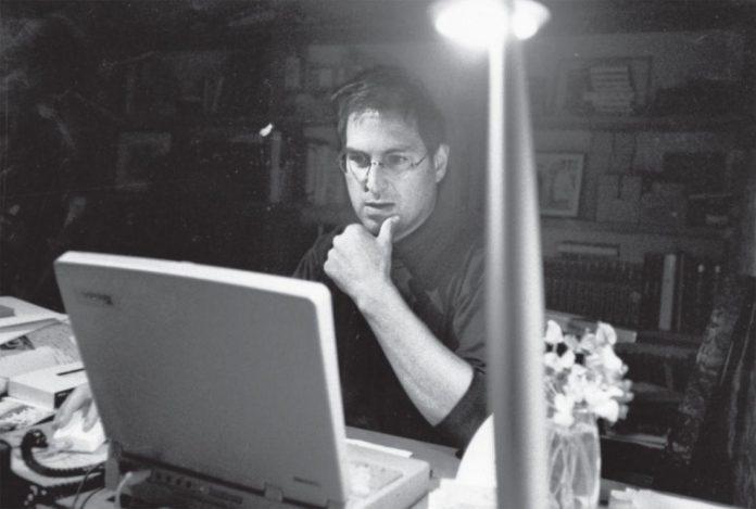Steve Jobs Pensando