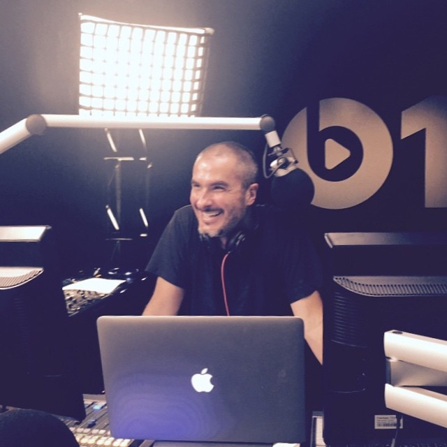 Zane Lowe habla de Beats 1