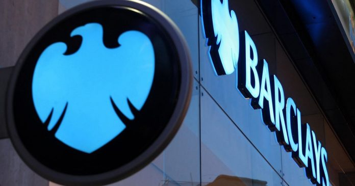 Barclays permite pagos con Siri