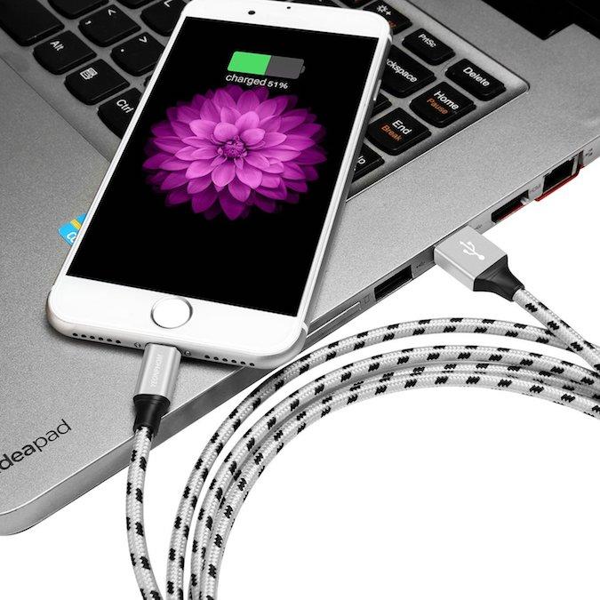 Accesorios obligatorios iPhone 3
