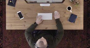 Apple quiere empleados que trabajen desde casa