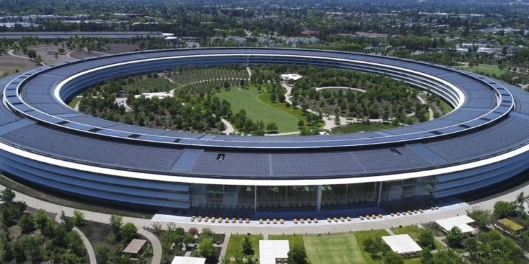 Apple Park a vista de drone - junio 2018