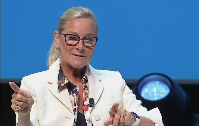 Angela Ahrendts habla del retail en Cannes 2018