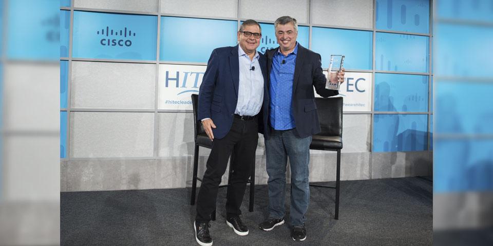 Eddy Que recibe premio HITEC 2018