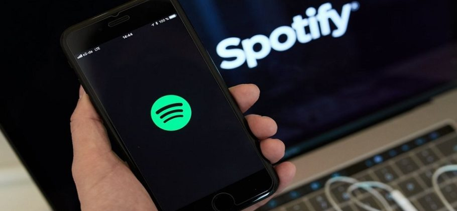 Spotify denuncia a Apple